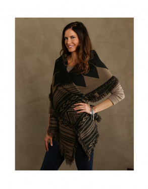 Trezo Inca Reversible Shawl with Fringe Accents in Tan and Black